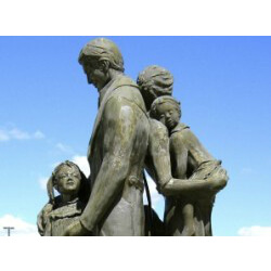 Family – Sculpture