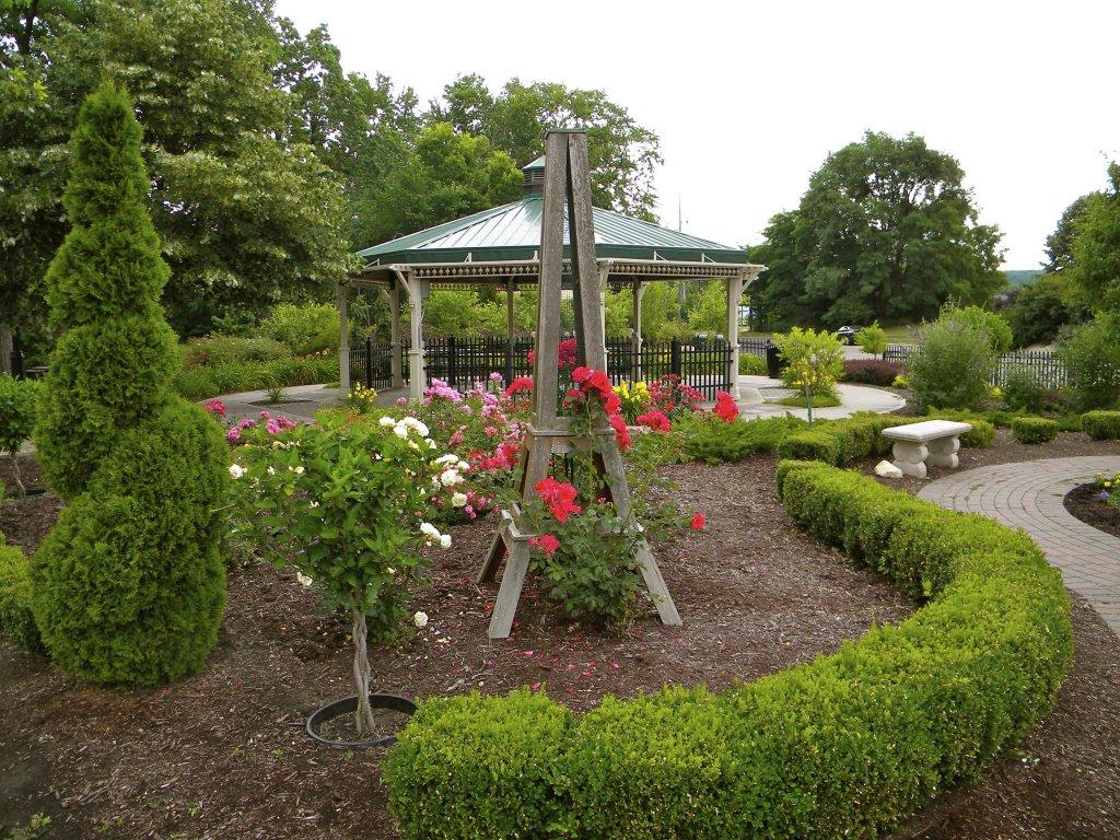 Riverside International Friendship Garden