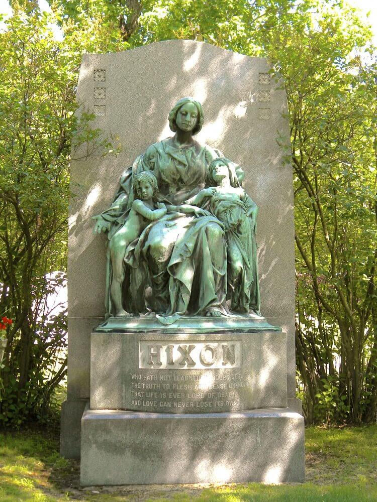 Hixon Memorial - Sculpture