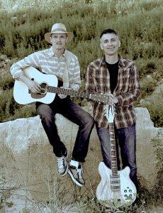 The Ultrasonic Duo @ Tom Sawyer's Bar & Grill | La Crosse | Wisconsin | United States