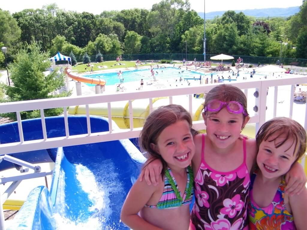 Swimming in la crosse wi explore la crosse - Campbell community center swimming pool ...